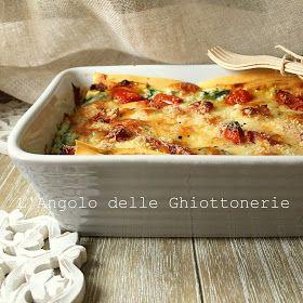 Lasagne ricotta spinaci pomodorini e provola senza besciamella