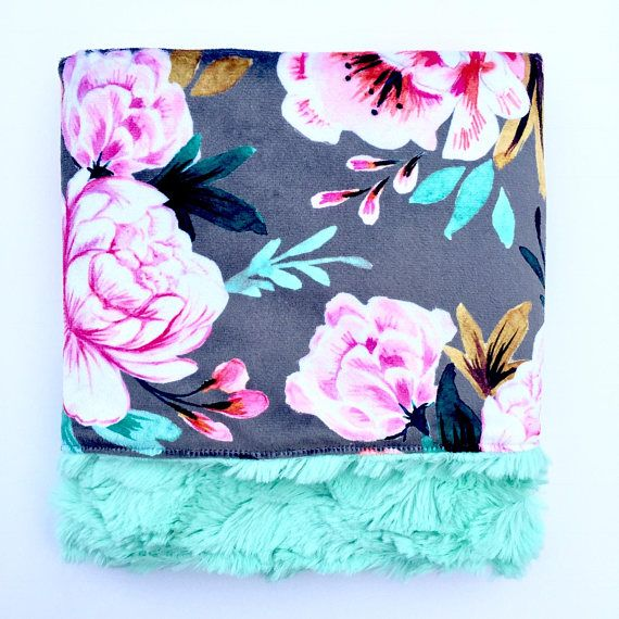 Stunning floral in the softest blanket!!