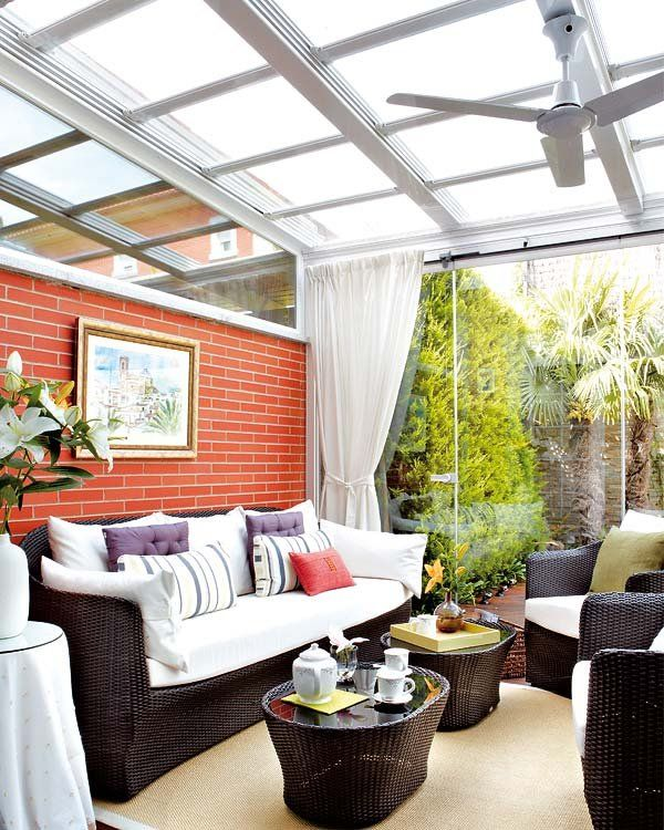 M s de 25 ideas incre bles sobre porches cerrados en for Patios interiores modernos fotos