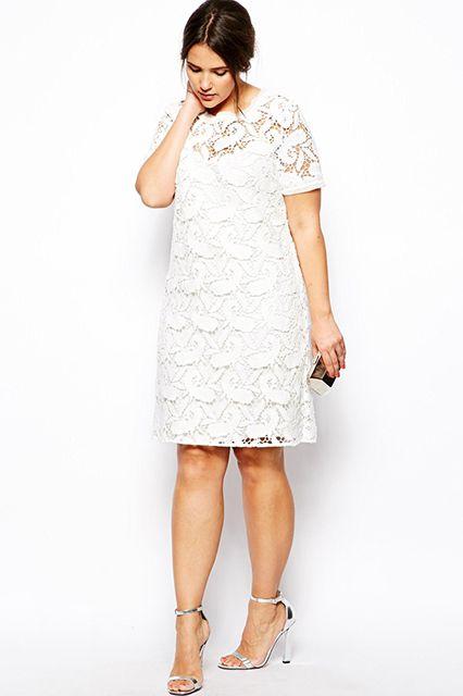 10 Plus-Size Wedding Dresses You'll Love #refinery29  http://www.refinery29.com/68964#slide5