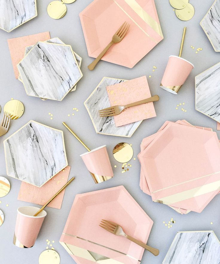 Gorgeous summer shades on these marble party plates