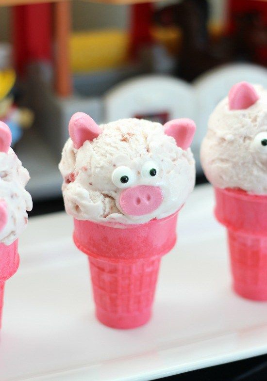 Little Piggie Pink Ice Cream Cones: made from strawberry ice cream and bubble gum!