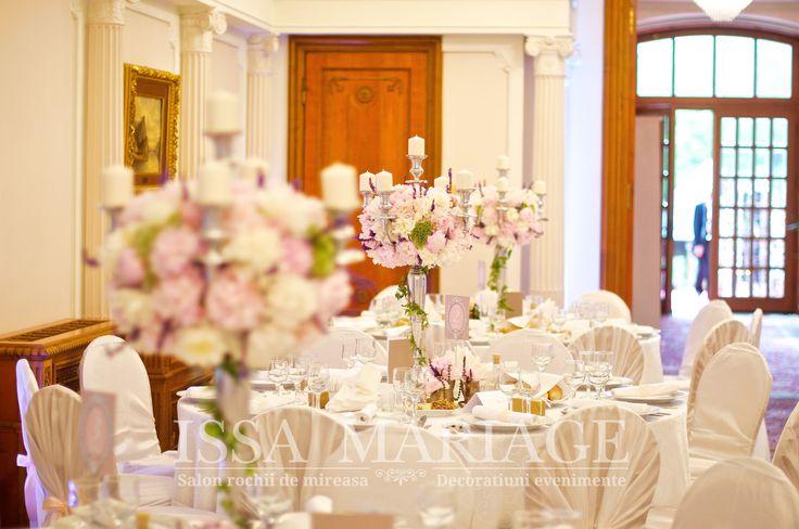 Eveniment deosebit huse scaun si aranajmente florale