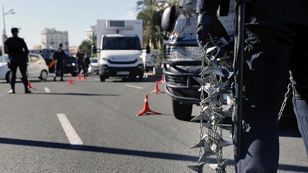 La Policía Nacional aumenta un 40% la presencia de agentes en Valencia en Nochevieja y Reyes