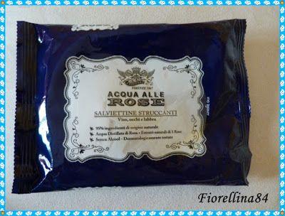 ...Fiorellina84...: Salviette struccanti - Acqua di rose