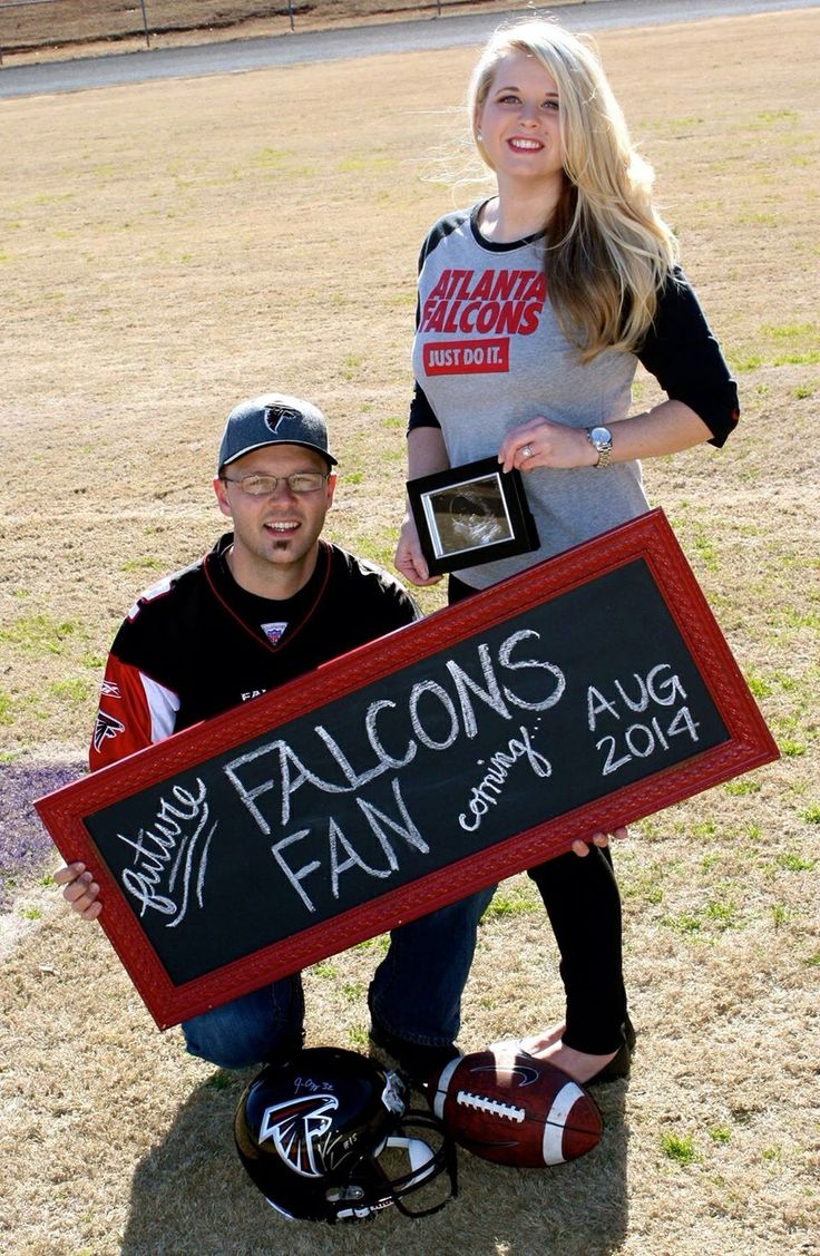We are huge Falcons fans & incorporated our love for the Falcons with our exciting pregnancy reveal / announcement!