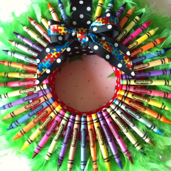 16 best Wreath Ideas - Crayons images on Pinterest ...