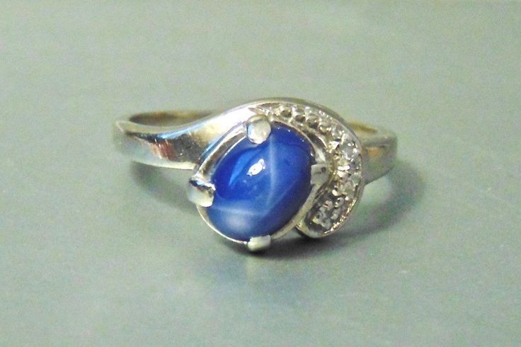 Vintage Blue Star Sapphire and Diamond 14K Ring, White Gold by EclairJewelry on Etsy