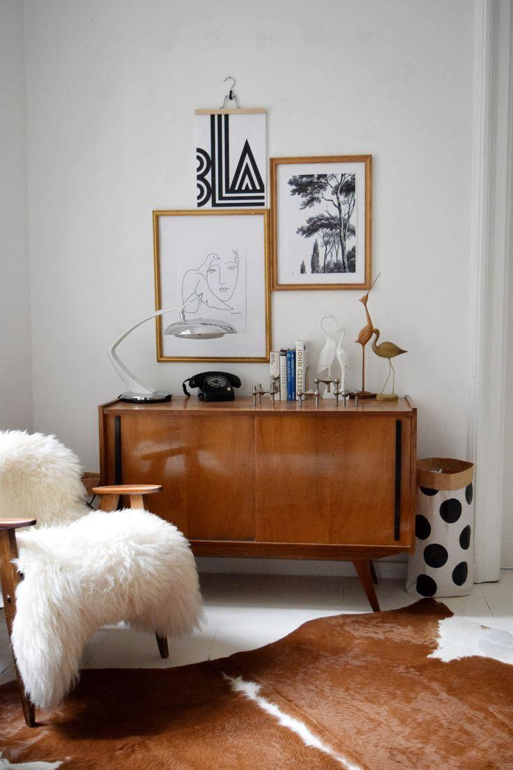 #livingroom #decoration #mcm #cowhiderug