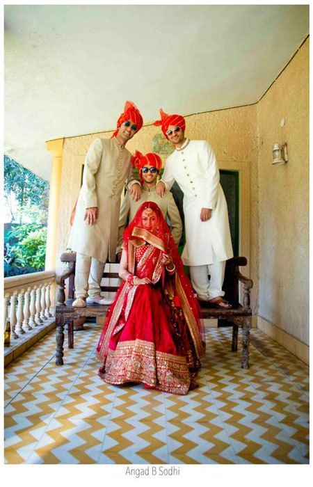 Fun photos of Indian bride with her brothers in sunglasses