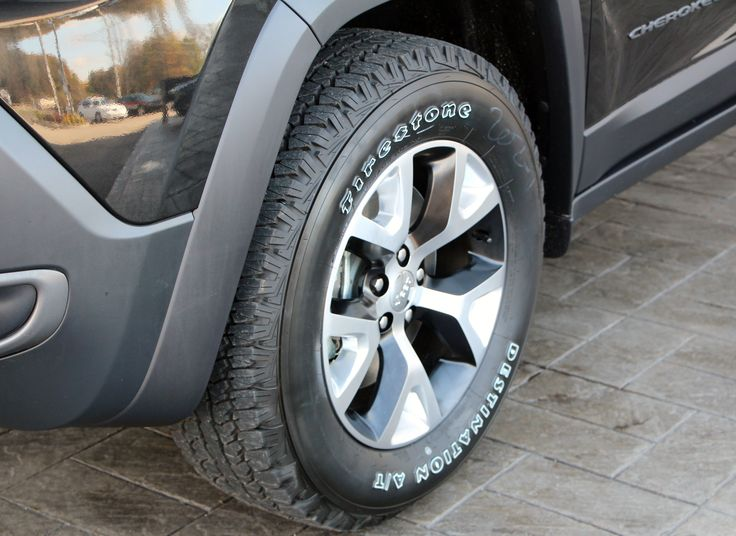 2014 Jeep Cherokee Trailhawk tires and rims (With images