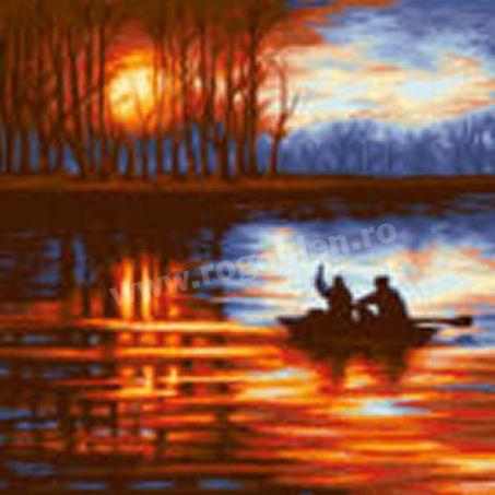 Cod produs 8.23 Farmecul zorilor Culori: 19 Dimensiune: 30 x 30cm Pret: 69.19 lei
