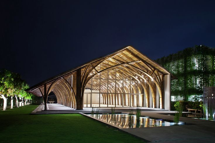 Naman Retreat Conference Hall / Vo Trong Nghia Architects © Hiroyuki Oki…