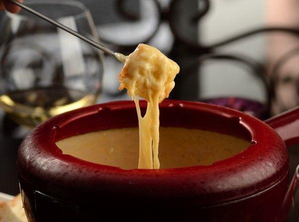 Chef ensina a fazer um delicioso fondue de queijos especiais (Foto: Divulgação )