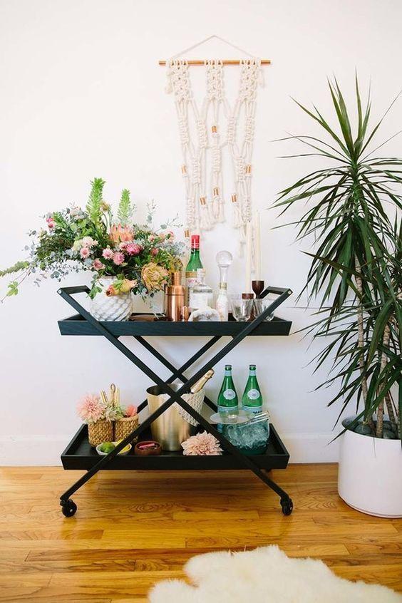 @crateandbarrel bar cart | floral and beverage styling