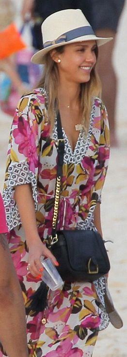 Love this tunic!... Jessica Alba in a Tory Burch tunic, St. Barts, 2013