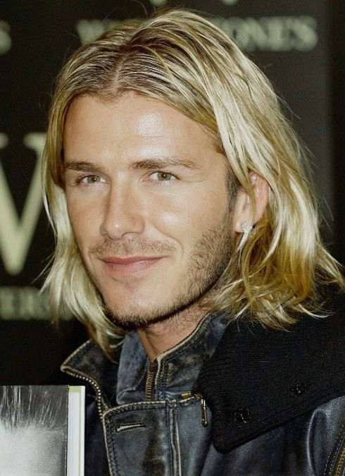 David Beckham Long Hair | David Beckham Casual Long Wavy Hairstyle for Men/Getty Images