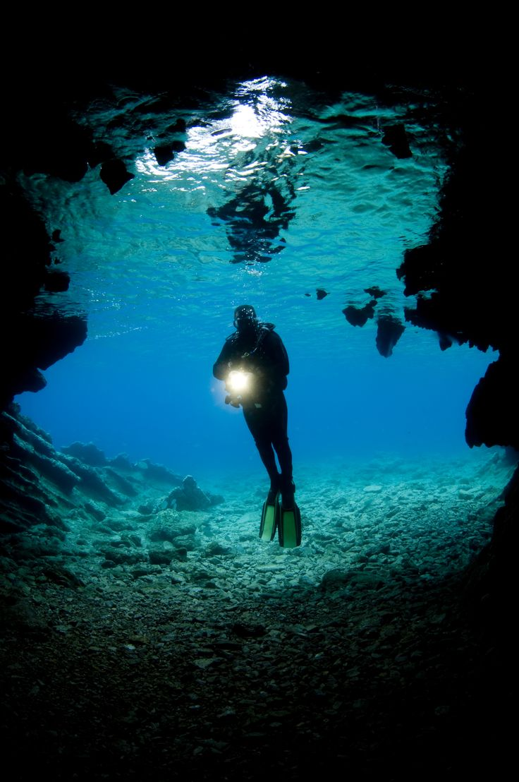 17 best images about women of the deep blue sea on - Dive deep blue ...