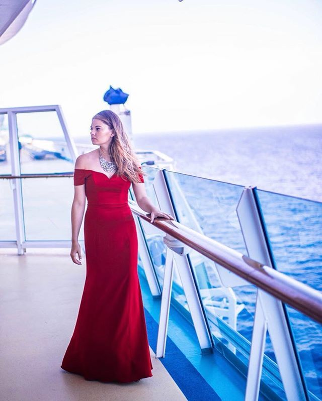 I Wore This Dress For The Final Formal Night On Our Royalcaribbean Cruise Not Everyone Dresses Up This Fancy B Fashion Fashion Blogger Outfit Blogger Outfits