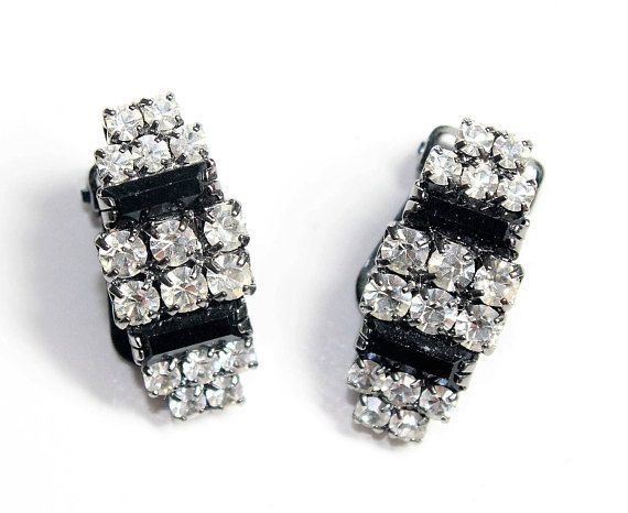 https://www.etsy.com/uk/listing/530026877/sparkly-black-earrings-sparkly-clear