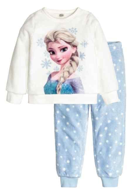 Pijama com camisola em polar