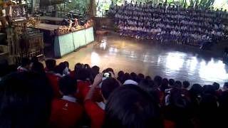 bus pariwisata di saung angklung udjo- YouTube
