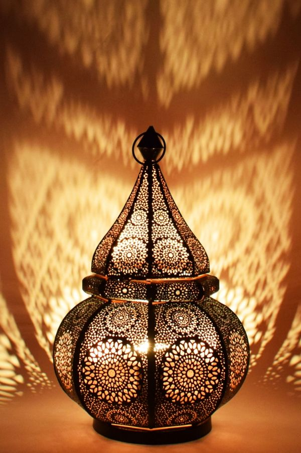 Oriental Table Lamp Malha Black Floor Lamps Floor Lamps Made Of Metal In 2020 Vintage Tischlampen Tischlampen Lampe