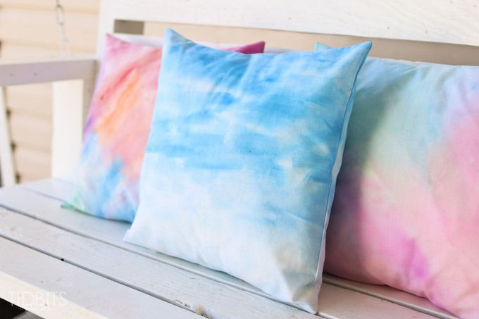 Throw Pillows Emoji : How to Make a Painted Watercolor Pillow with an Envelope Closure Watercolors, How to make and ...