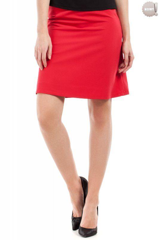 Gładka spódnica na podszewce, zapinana z boku na kryty zamek błyskawiczny. #spódnica #kobieta #moda #trendy #czerwień
