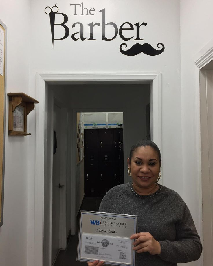 Huge congrats to our newest license Idania! One of our many Spanish students to grab her license and start her amazing future as a hair expert! Pregnant and all she was able to knock out her hours and get her license! We are very proud and know you are on your way to amazing things! #wbilicense #weareproud #youwillbemissed  Enormes felicitaciones a Idania uno de nuestros muchos estudiantes españoles que salen y obtienen su licencia. Embarazada y todo lo que fue capaz de terminar sus horas y…