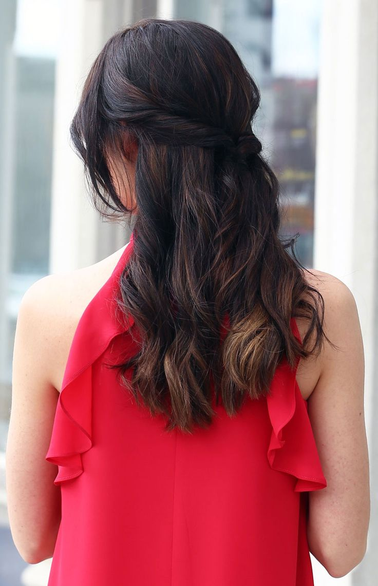 Easy summer hairstyle - wedding hairstyle - curly wavy tied up - brown highlights