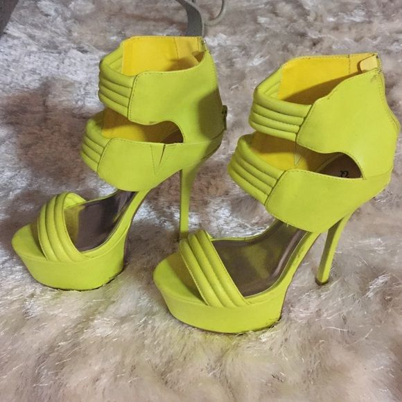 Neon pumps Funky neon pumps. Barely worn! Shoes Heels