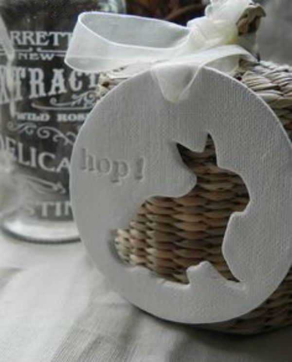 Confira algumas dicas de upcycle para fazer bonito evitando o desperdício e tendo uma decoração de Páscoa sustentável.