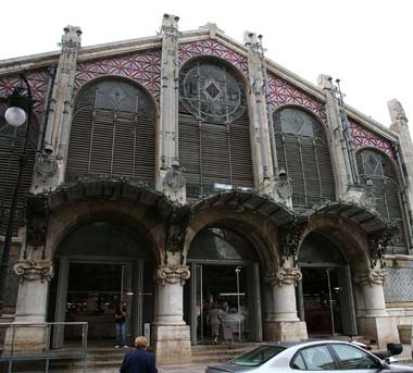 Valencia, Spain - this is the open air market . . . loved it. CHECK - March 2012