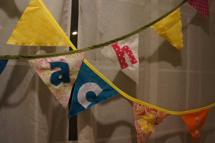Just made a birthday-flag-line to welcome babies of two colleagues, real easy with cotton, applique for the letters and double bias band!: Bias Bands, Welcome Baby