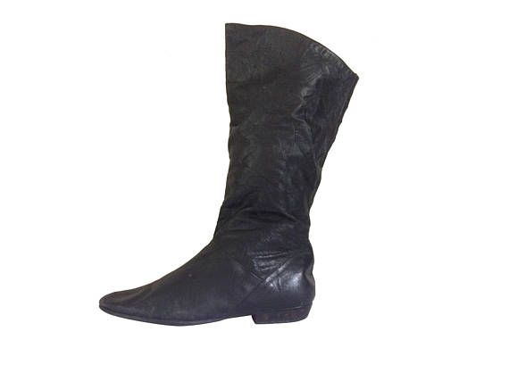 Vintage Tall Black Boot Black Leather Boot Women Flat Boot #thevillevintage