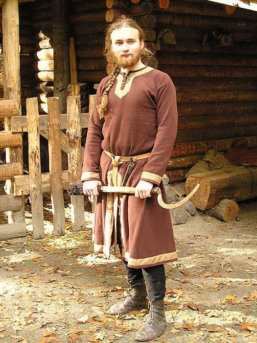 : Viking farmers outfit Linen shirt, Slashed woolen tunic decorated with linen bands, Linen braies Source: Sew-mill
