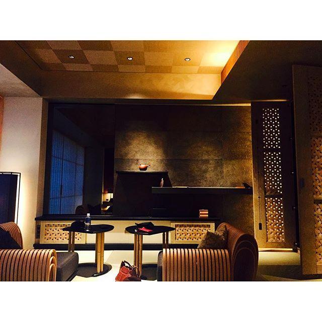 【sinru08】さんのInstagramをピンしています。 《#星のや #星のや東京 #桜 #日本旅館 #大手町 #東京 #hoshinoya #tokyo》