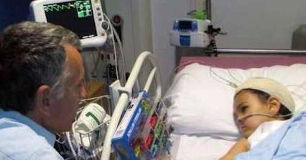 I medici salvano il nipotino da un tumore al cervello, il nonno fa una cosa pazzesca... - http://www.sostenitori.info/medici-salvano-nipotino-un-tumore-al-cervello-nonno-cosa-pazzesca-2/256860