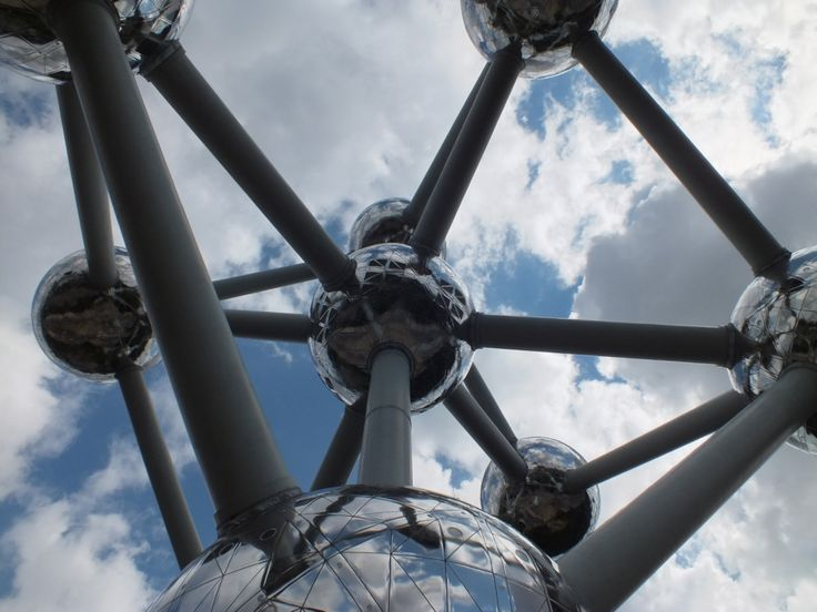 Amazing Atomium architecture – Brussels
