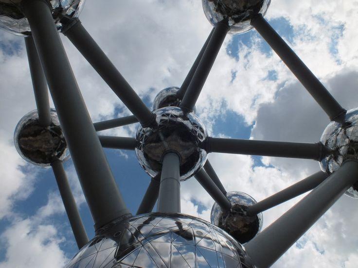 Amazing Atomium architecture – Brussels