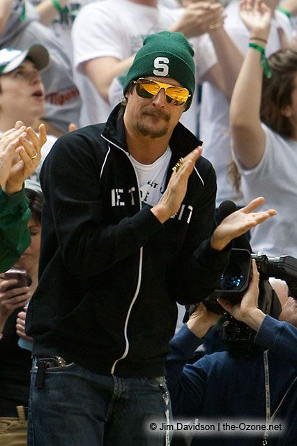 PHOTO - Kid Rock Courtside MSU Basketball Game - Kid Rock Latest News 2010