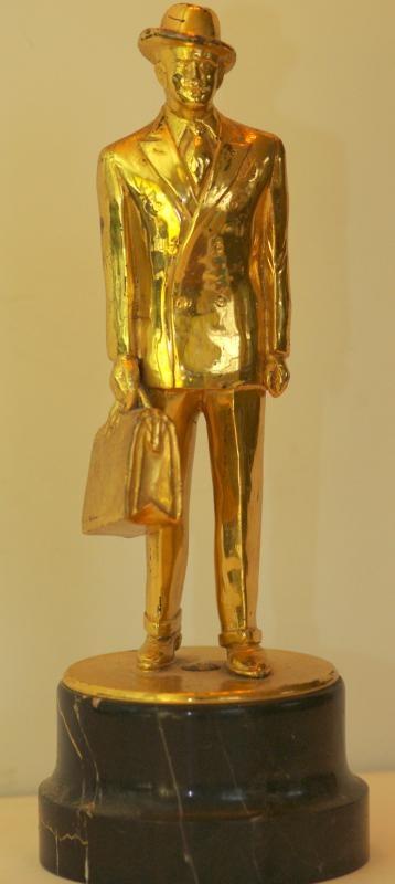 Rare 30's or 40's Figural Fuller Brush Man Salesman Award Trophy w/ Marble Base | collectivator.com