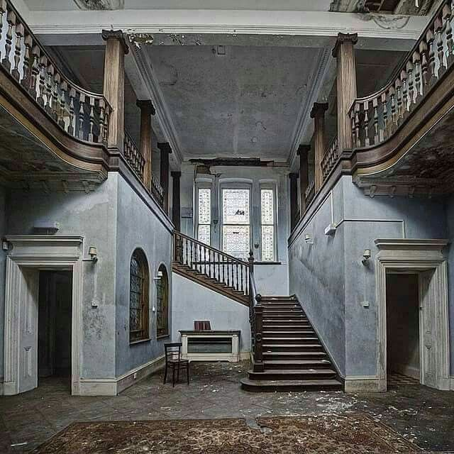 Haunted abandoned mansions