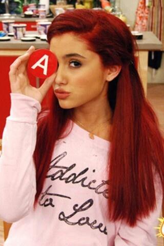Ariana Grande as cat Valentine