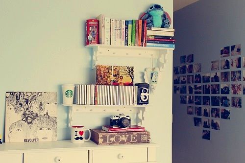 Good idea for an apartment or a teen girls bedroom.