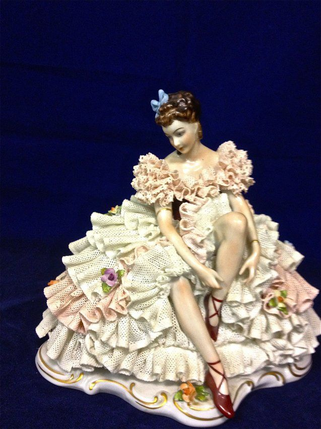 what does dresden figure | Dresden Style, Dipped Lace Porcelain Figurine, Germany