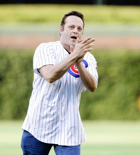 Cubby News, Actor Vince Vaughn, a Chicago area native threw out the first pitch and sang the seventh inning stretch song on Saturday (6/16/12).