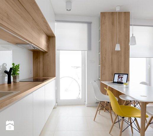 Wystrój wnętrz - Kuchnia - styl Nowoczesny. Projekty i aranżacje najlepszych designerów. Prawdziwe inspiracje dla każdego, dla kogo liczy się dobry gust i nieprzeciętne rozwiązania w nowoczesnym projektowaniu i dekorowaniu wnętrz. Obejrzyj zdjęcia!