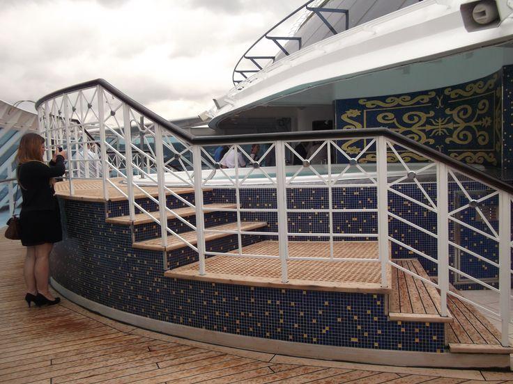 Oceania Cruises - Nautica, Spa Pool